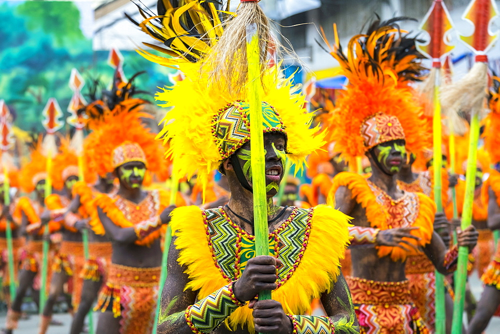 Ati warriors from Tribu Baybayanon at the 2015 Dinagyang Festival, Iloilo City, Western Visayas, Philippines, Southeast Asia, Asia