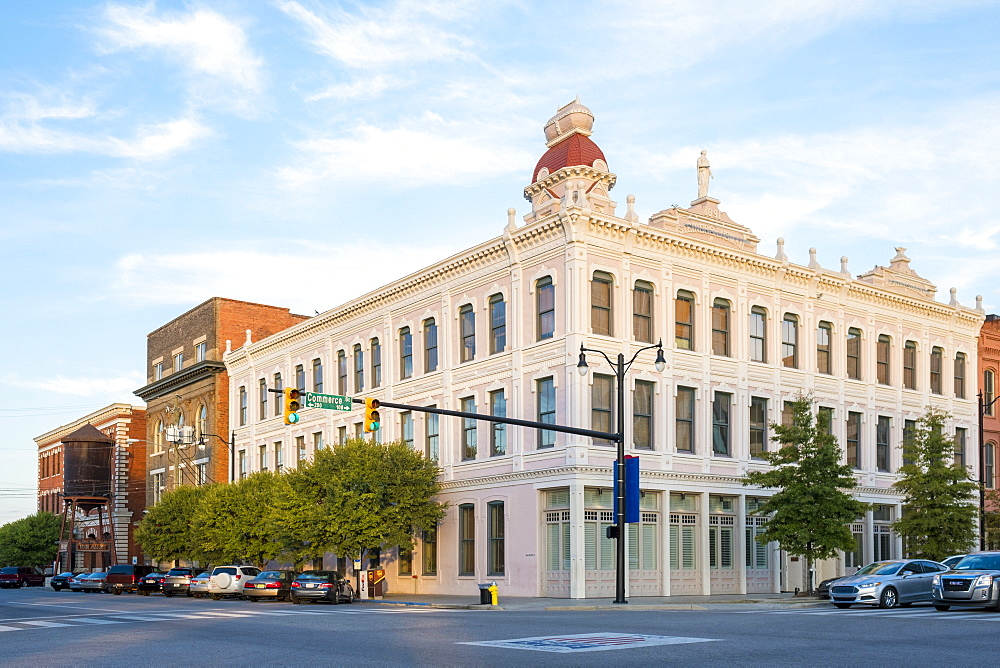 Steiner-Lobman Building at the corner of Commerce and Tallapoosa Street, historic downtown, Montgomery, Alabama, United States of America, North America