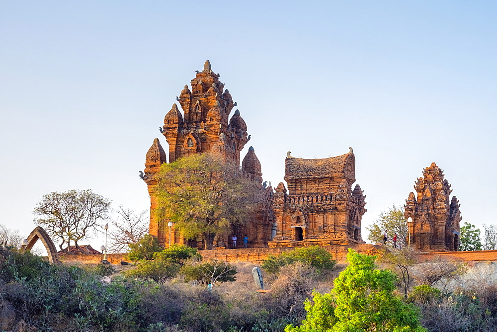 Po Klong Garai temple, 13th century Cham towers, Phan Rang-Thap Cham, Ninh Thuan Province, Vietnam, Indochina, Southeast Asia, Asia