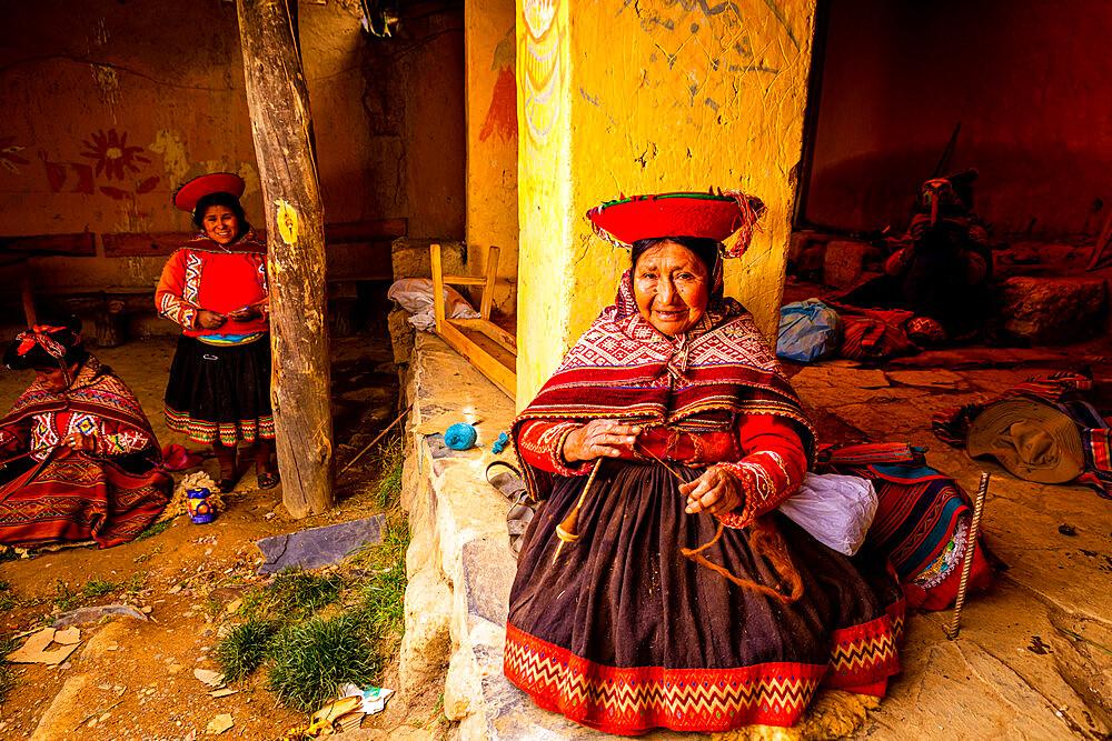 Quechua Women of the Pitumarca Community