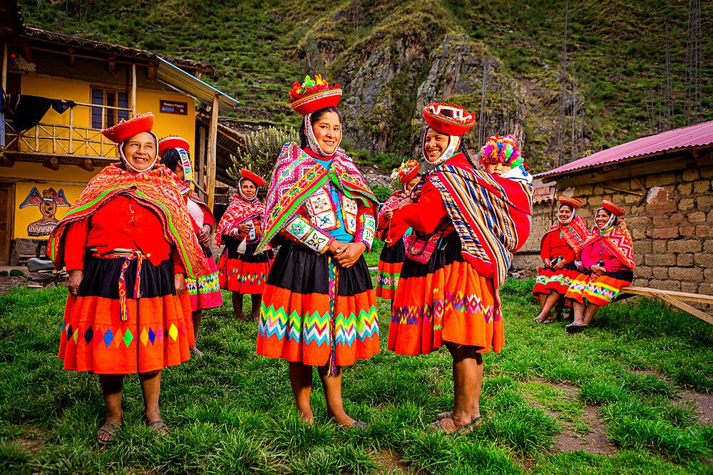 Quechua Women of the Huiloc Community