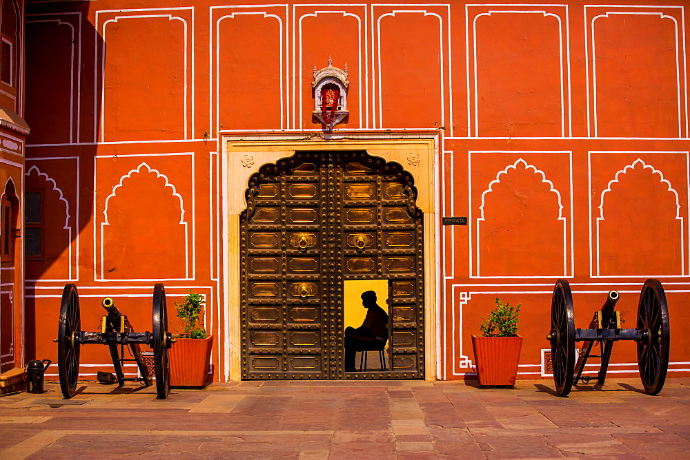 Guard at Rambagh Palace, Jaipur, Rajasthan, India, Asia