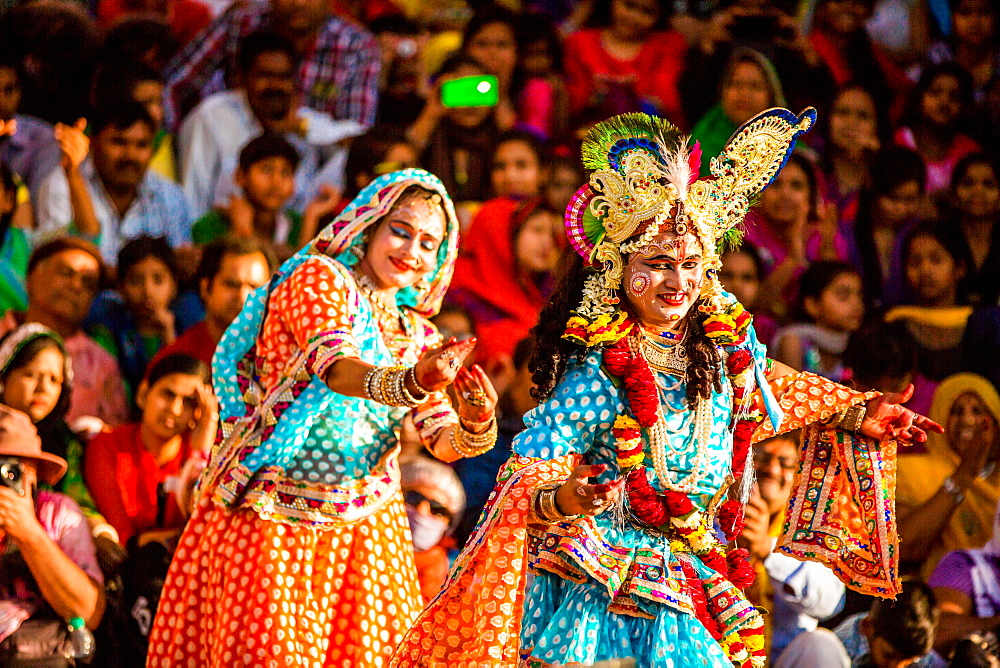 Traditional Krishna and Radha Dance, Flower Holi Festival, Vrindavan, Uttar Pradesh, India, Asia