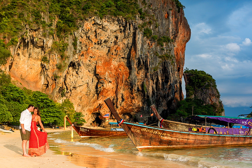 Sunset on Railay Beach in Krabi, Thailand, Southeast Asia, Asia - 1218-515