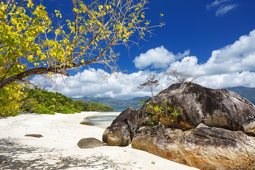 Looking along the deserted beaches of Sainte Anne to the island of Mahe beyond, Seychelles, Indian Ocean, Africa