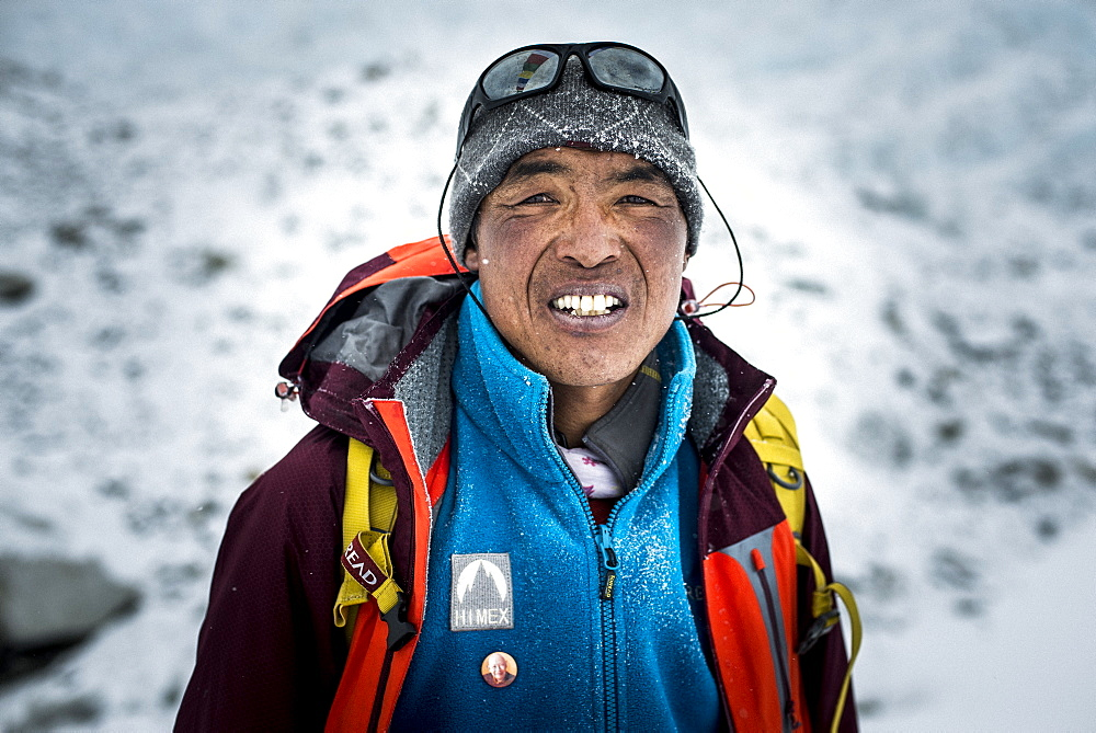 A Sherpa working at Everest Base Camp, Khumbu Region, Nepal, Asia - 1225-465