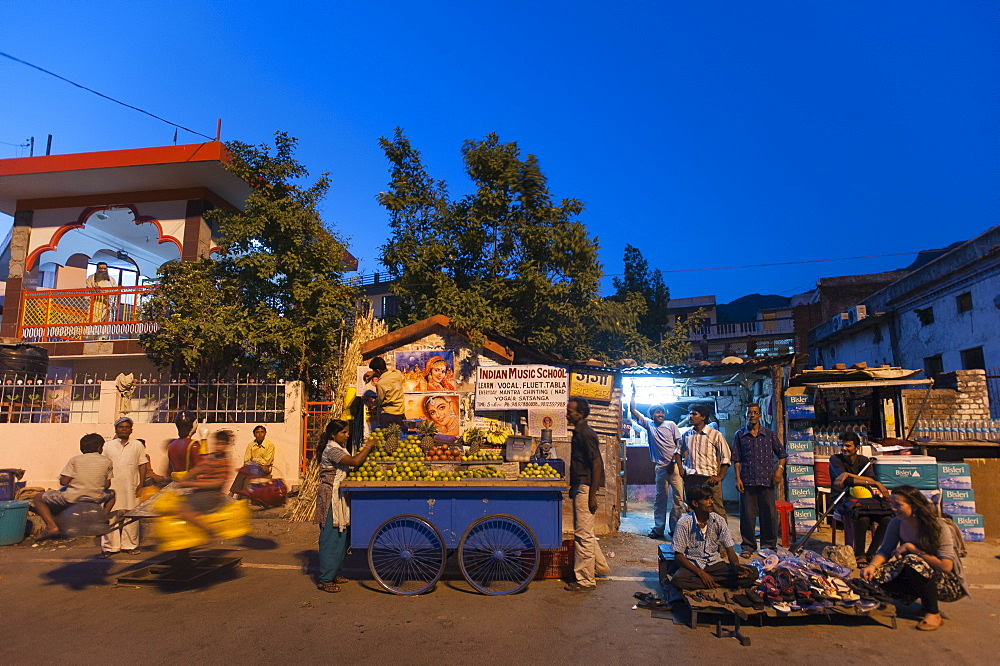 Market square in Rishikesh, Uttarakhand, India, Asia