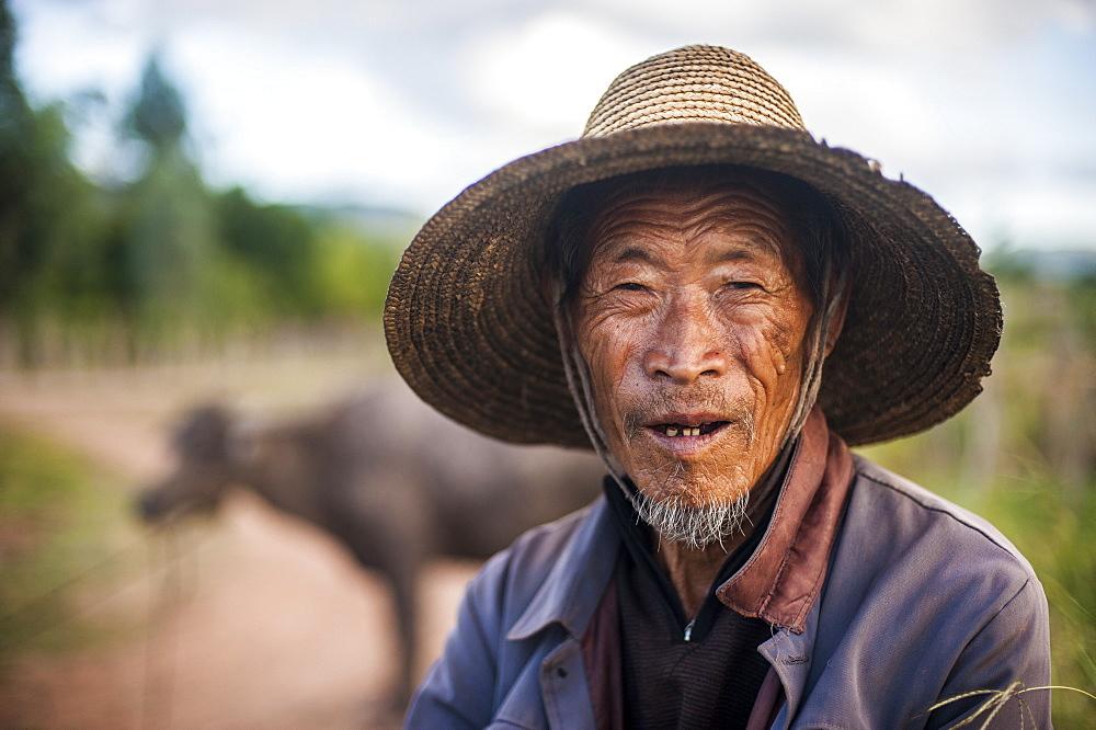 An old farmer near Yuanmou, Yunnan Province, China, Asia