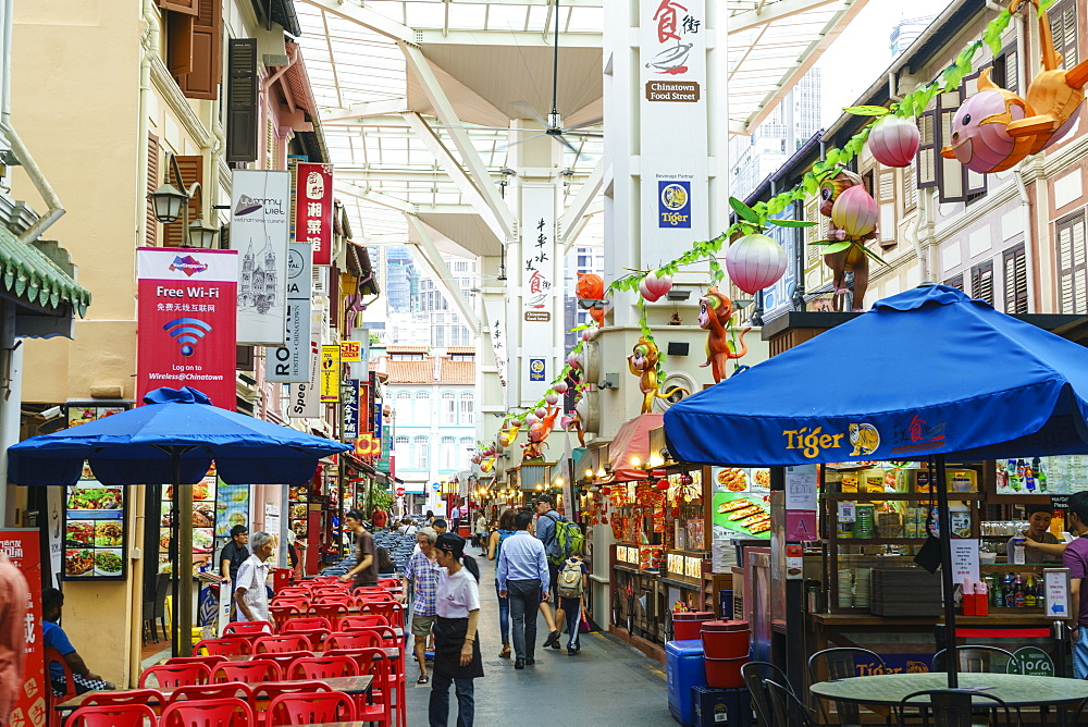 Food Street in Chinatown, Singapore, Southeast Asia, Asia