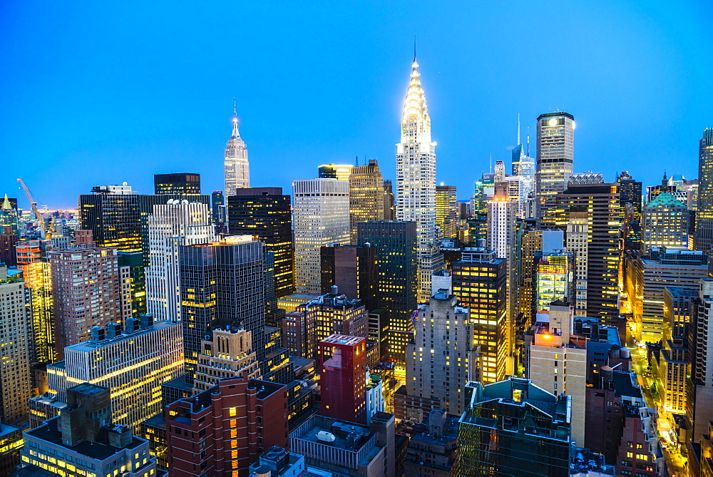 Manhattan skyline, Empire State Building and Chrysler Building, New York City