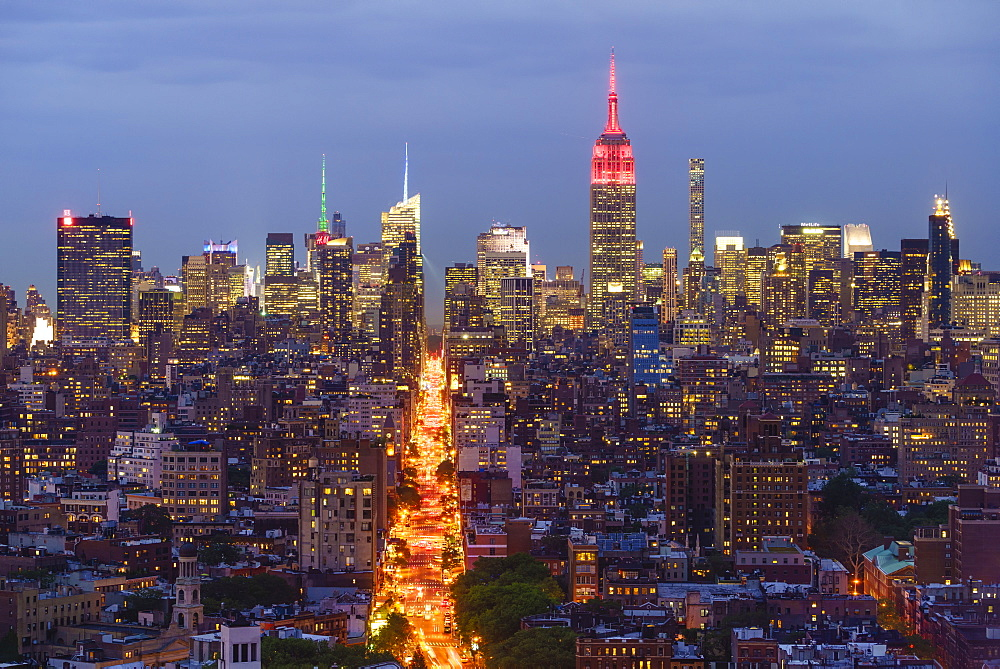 Empire State Building and city skyline, Manhattan, New York City, United States of America, North America
