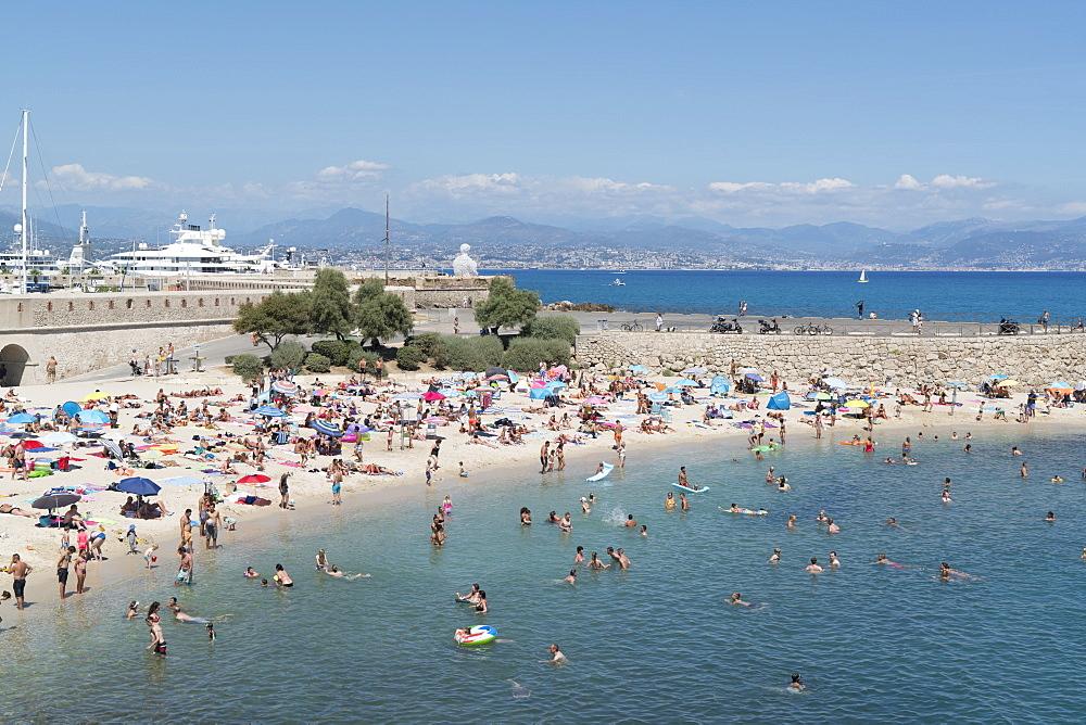 Plage de la Gravette, Antibes, Alpes-Maritimes, Cote d'Azur, Provence, French Riviera, France, Mediterranean, Europe
