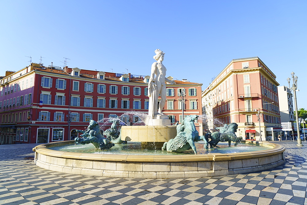 Fontaine du Soleil, Place Messina, Old Town, Nice, Alpes-Maritimes, Cote d'Azur, Provence, French Riviera, France, Mediterranean, Europe