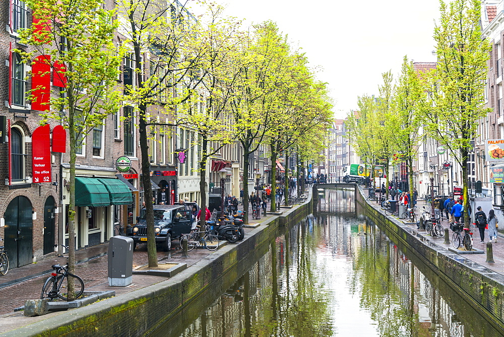 Canal in the Red Light District, Amsterdam, Netherlands, Europe
