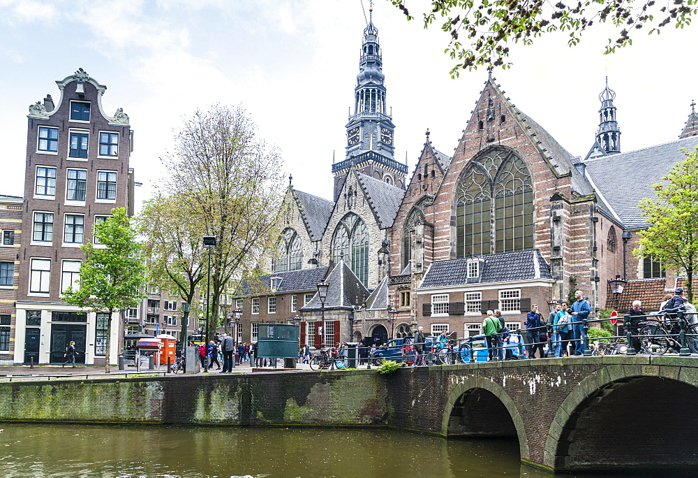 Oude Kerk, 13th century church and the oldest in Amsterdam, Netherlands, Europe - 1226-450