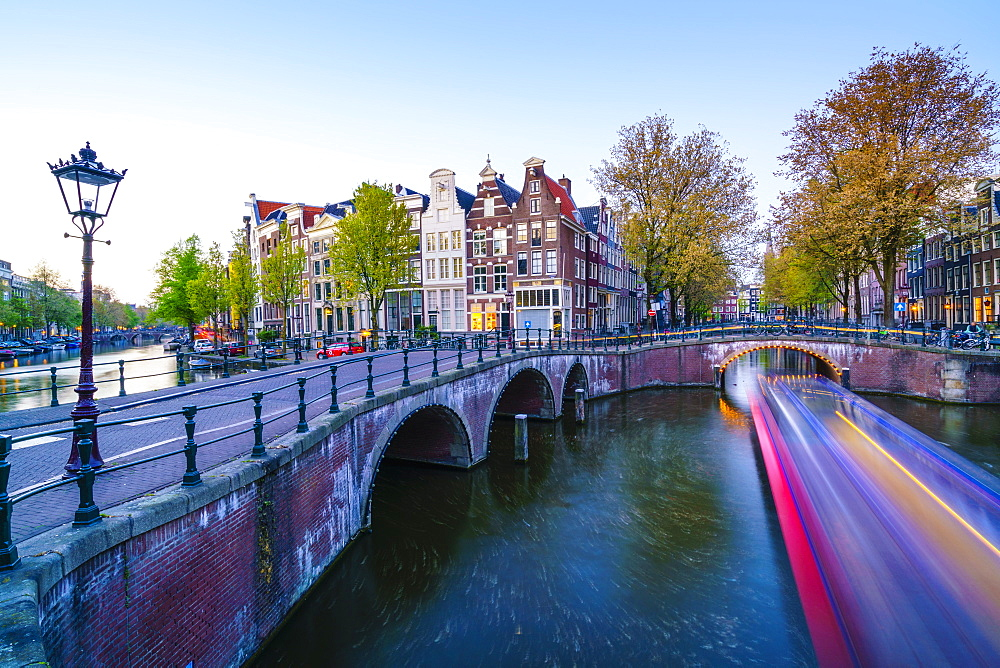 Keizersgracht Canal at dusk, Amsterdam, Netherlands, Europe