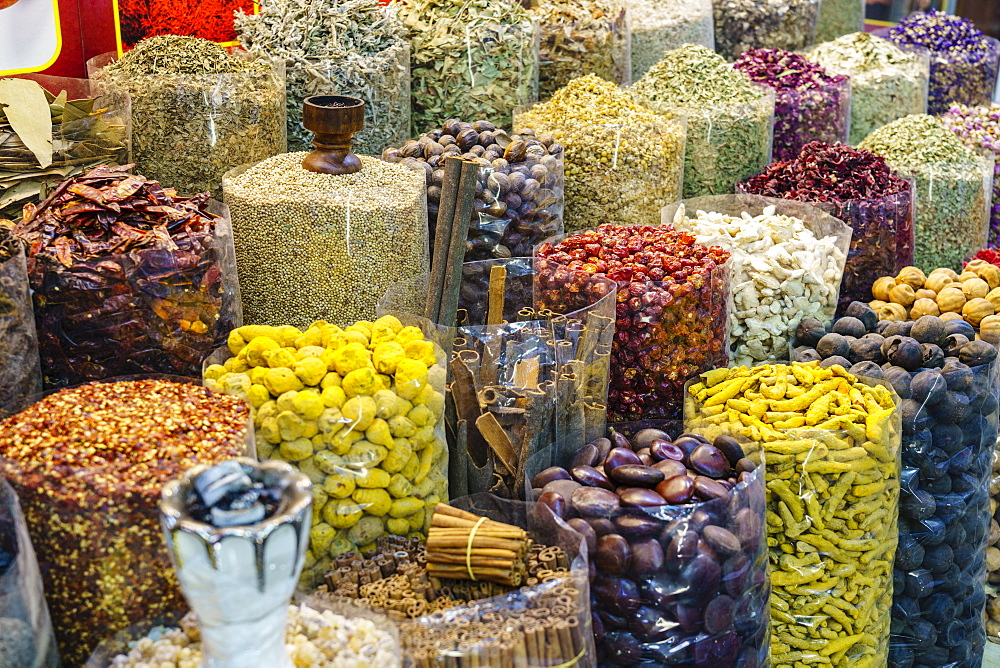 Spices for sale in the Spice Souk, Al Ras, Deira, Dubai, United Arab Emirates, Middle East