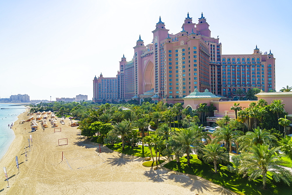 Atlantis, The Palm, a luxury hotel on the man-made Palm Jumeirah island, Dubai, United Arab Emirates, Middle East