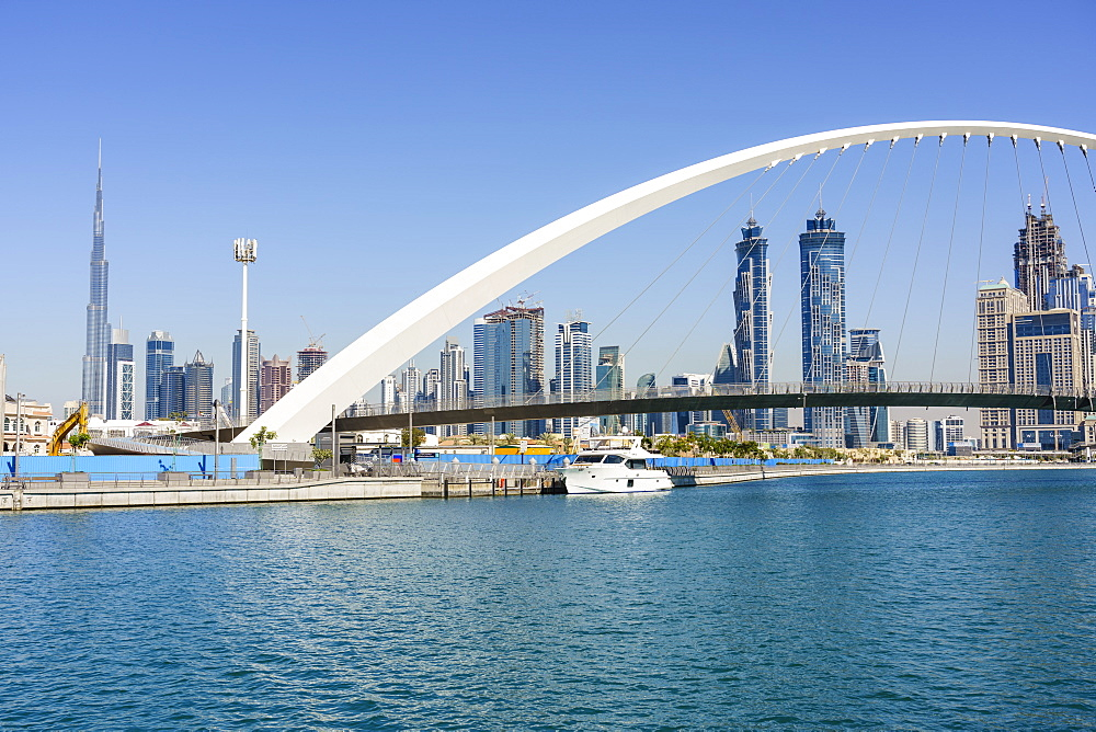 Tolerance Bridge, a new pedestrian bridge spanning Dubai Water Canal, Business Bay, Dubai, United Arab Emirates, Middle East