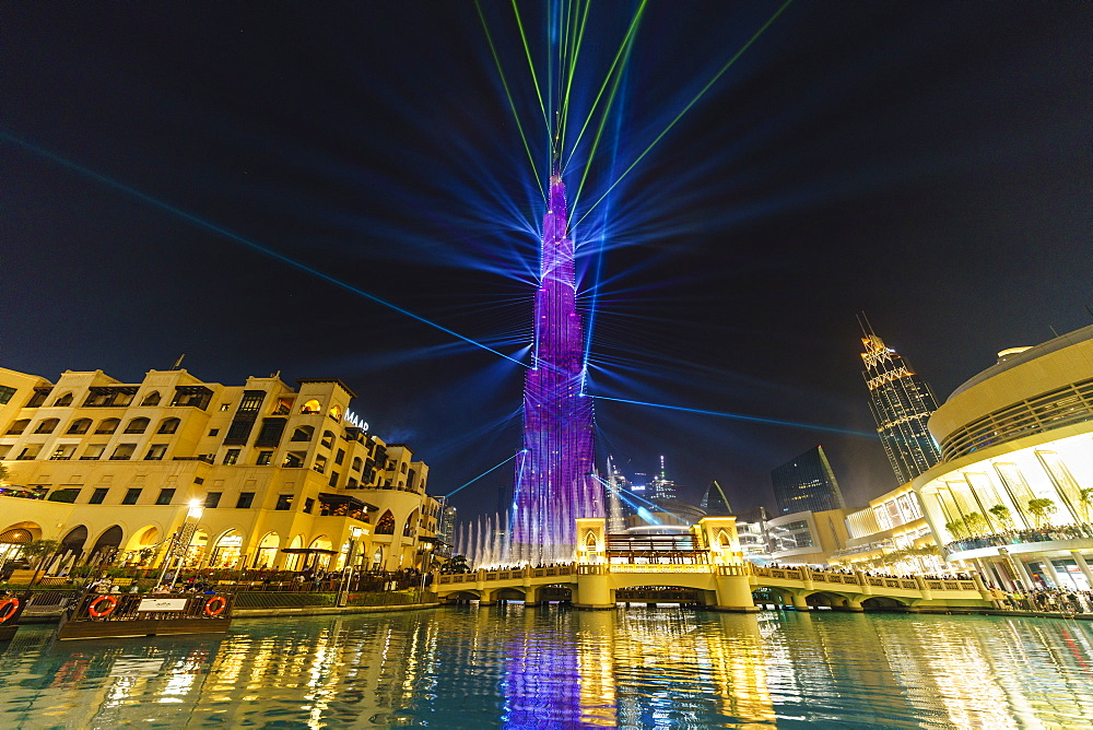 Burj Khalifa Light and Laser Show, Dubai Mall and Burj Khalifa Lake, Dubai, United Arab Emirates, Middle East
