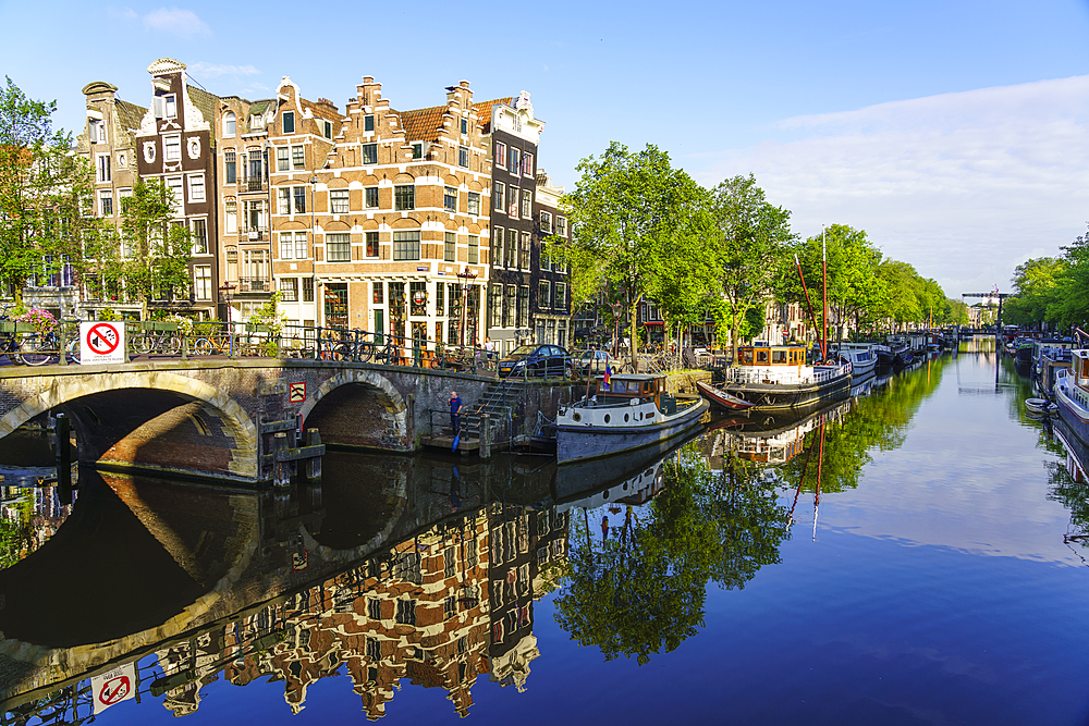 Brouwersgracht Canal, Amsterdam, North Holland, The Netherlands, Europe - 1226-917