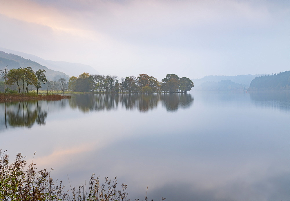 A misty autumn morning at Kinlochard, Loch Ard, Aberfoyle, Loch Lomond and The Trossachs National Park, Stirlingshire, Scotland, United Kingdom, Europe