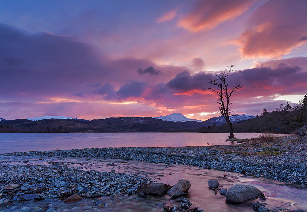 Sun setting over Ben Lomond and Loch Ard near Aberfoyle in the Loch Lomond and The Trossachs National Park, Stirlingshire, Scotland, United Kingdom, Europe - 1228-114