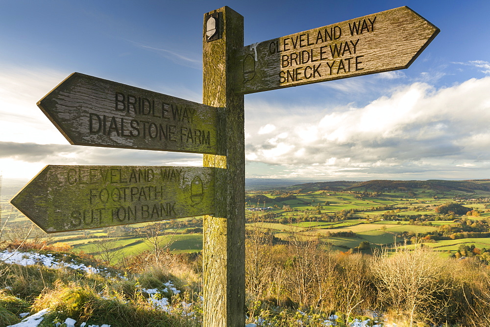 Sneck Yate signpost at Whitestone Cliffe, on The Cleveland Way long distance footpath, North Yorkshire, England, United Kingdom, Europe - 1228-39