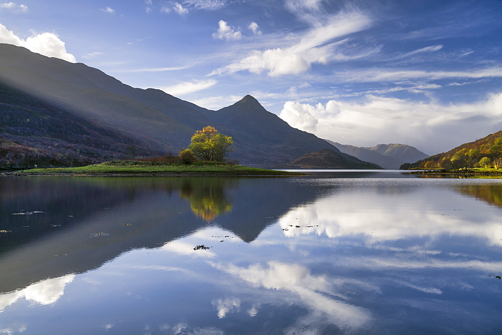 Reflections, Loch Leven, Highland Region, Scotland, United Kingdom, Europe