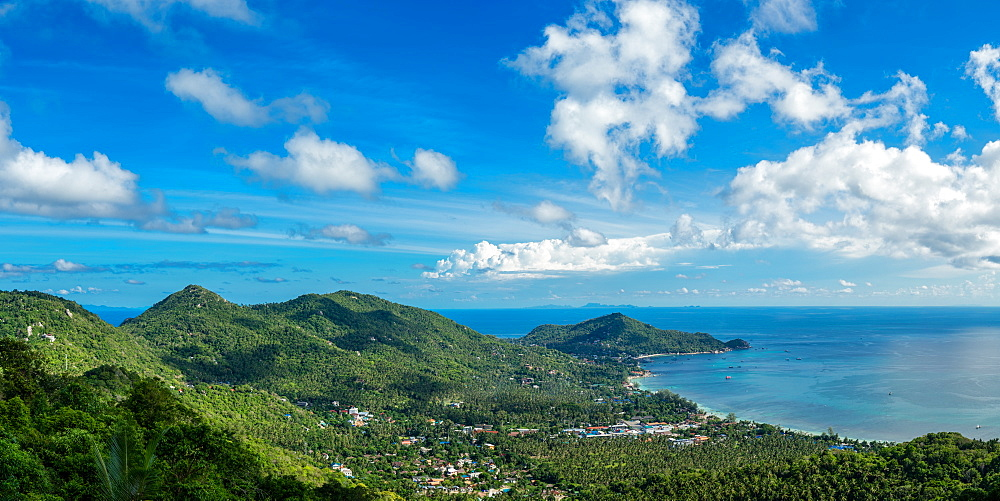 Panoramic view from the highest peak on the island of Koh Tao, Thailand, Southeast Asia, Asia