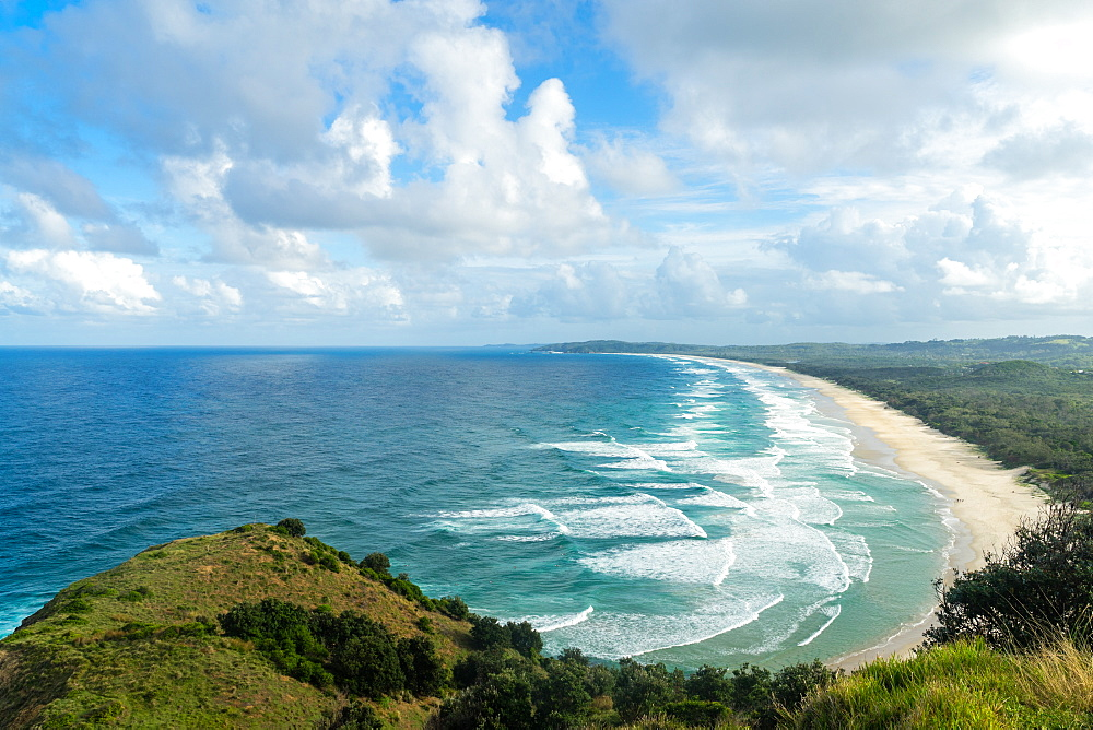 Waves as far as the eye can see along the coast of Byron Bay, New South Wales, Australia, Pacific - 1233-57