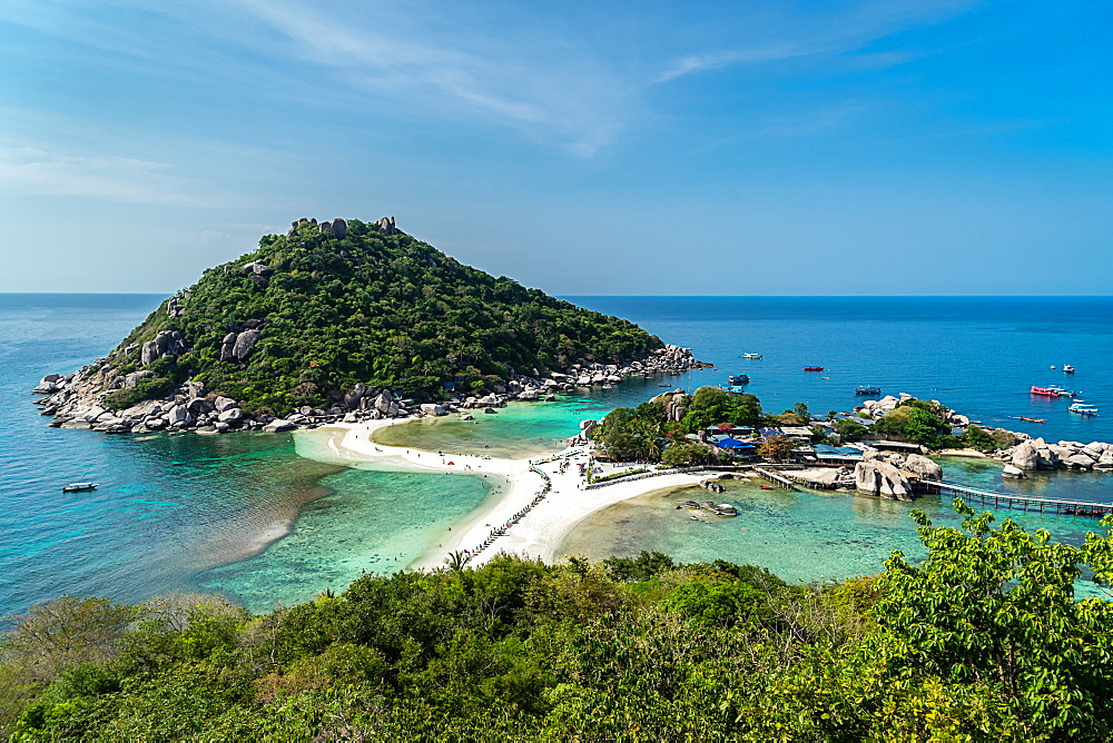 The triple islands of Koh Nang Yuan, are connected by a shared sandbar just off the coast of Koh Tao, Thailand, Southeast Asia, Asia