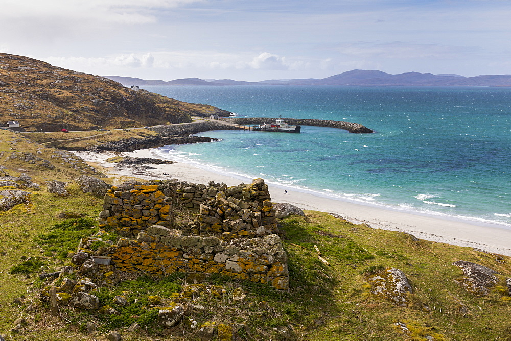 Prince's Beach (Coileag a' Prionnnsa) on the island of Eriskay in the Outer Hebrides, Scotland, United Kingdom, Europe - 1237-106
