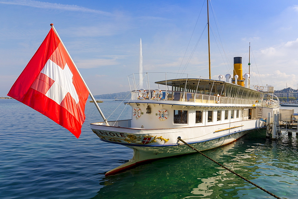 Savoie Paddle Steamer and Jet d???Eau fountain in background, Geneva, Switzerland, Europe. - 1237-152