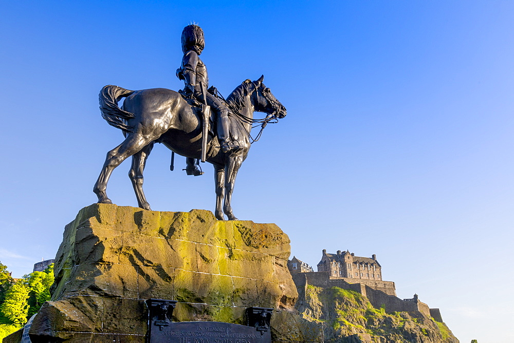 Royal Scots Greys Statue, Edinburgh Castle, Edinburgh, Scotland, United Kingdom, Europe - 1237-197