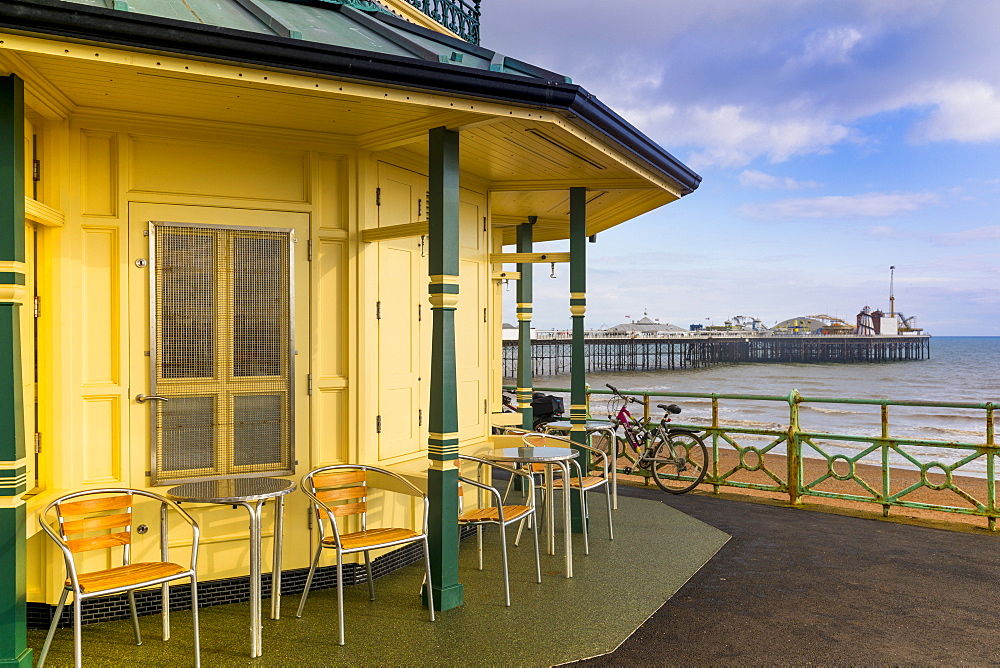 Kiosk and Brighton Palace Pier (Brighton Pier), Brighton, East Sussex, England, United Kingdom, Europe - 1237-210