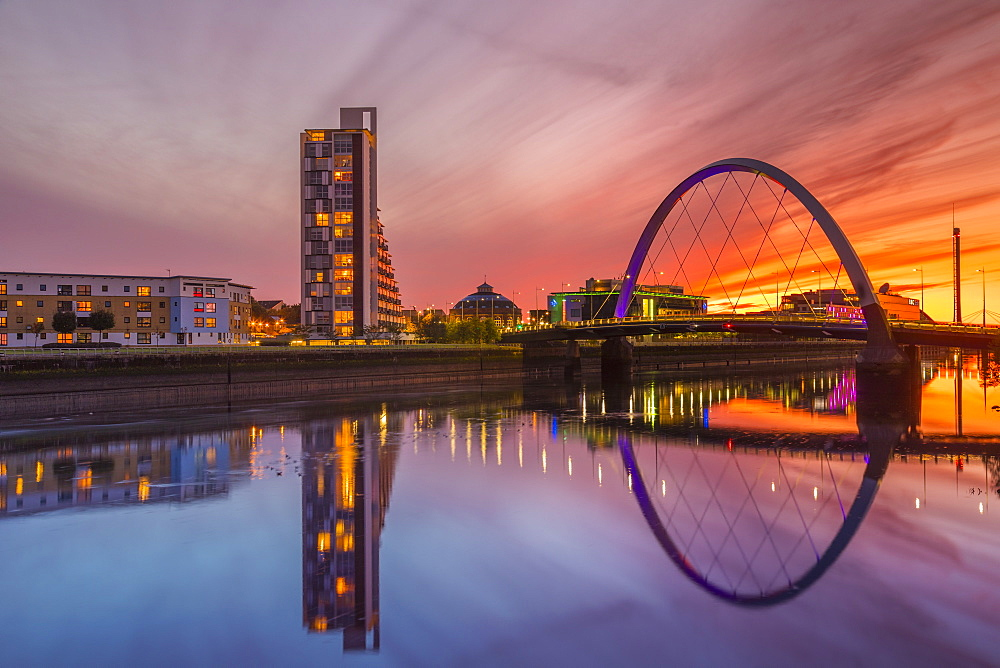 Clyde Arc (Squinty Bridge) at sunset, River Clyde, Glasgow, Scotland, United Kingdom, Europe.