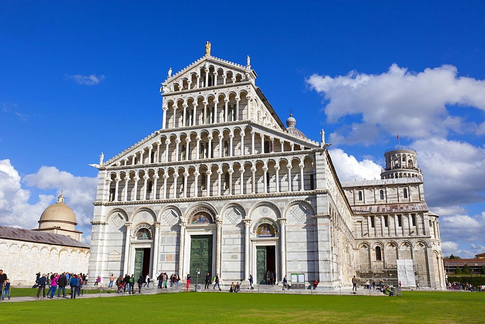 Duomo di Santa Maria Assunta, Piazza dei Miracoli, UNESCO World Heritage Site, Pisa, Tuscany, Italy, Europe