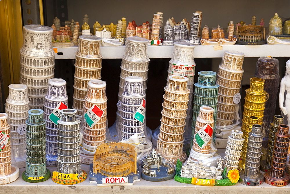 Souvenirs of the Leaning Tower of Pisa, Torre Pendente and of Roma, Pisa, Tuscany, Italy, Europe.