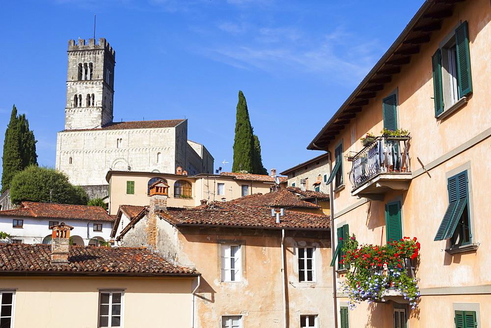Barga Cathedral, Barga, Tuscany, Italy, Europe