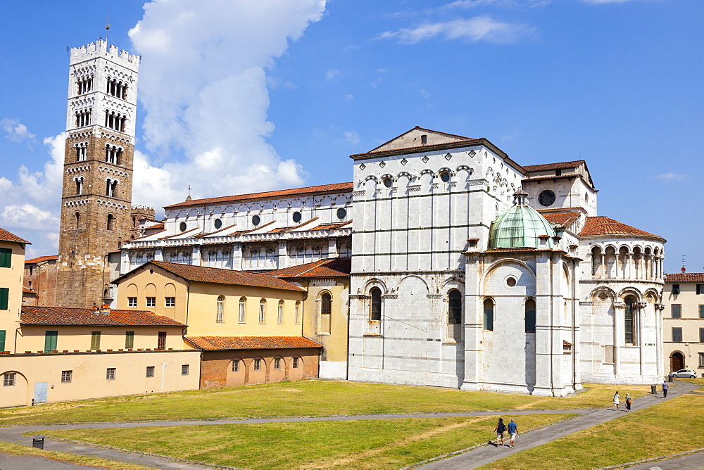 St. Martin's Cathedral (Duomo di San Martino), Lucca, Tuscany, Italy, Europe