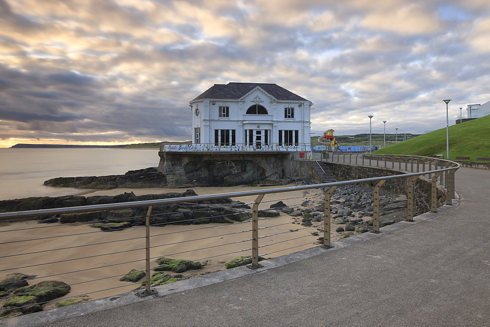 Promenade and Arcadia Cafe, Portrush, County Antrim, Ulster, Northern Ireland, United Kingdom, Europe