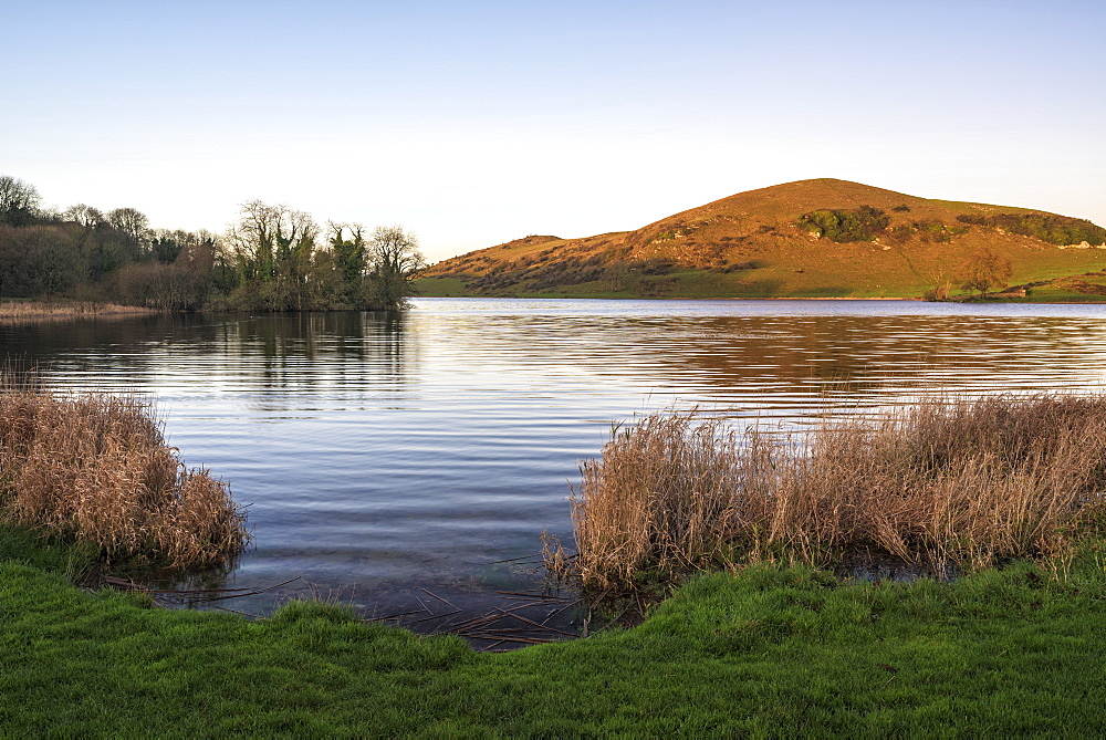 Lough Gur, County Limerick, Munster, Republic of Ireland, Europe