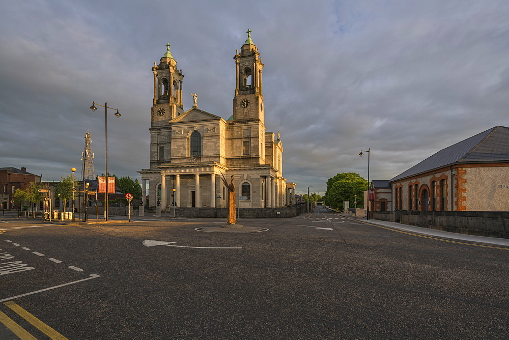 Athlone, Church of Saints Peter and Paul, County Westmeath, Leinster, Republic of Ireland, Europe - 1240-203