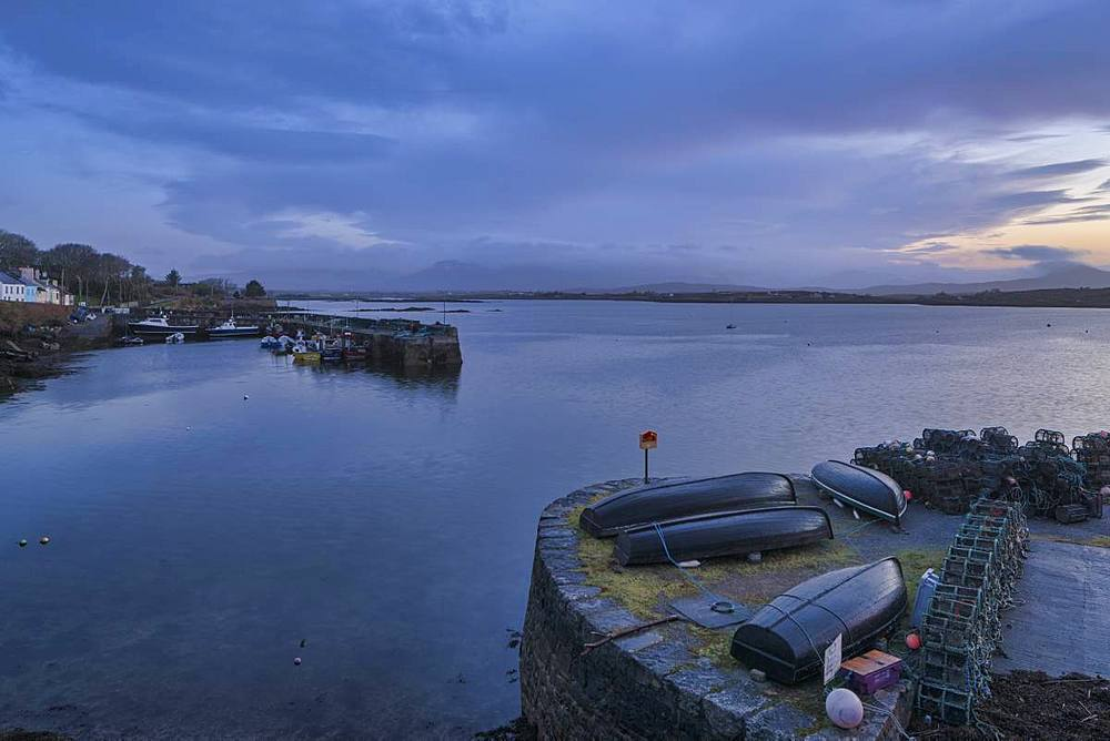 Roundstone, County Galway, Connacht, Republic of Ireland, Europe - 1240-271