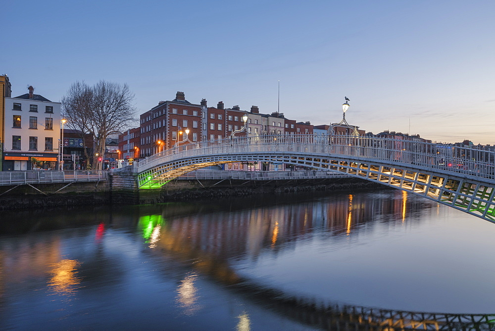 The River Liffey, Dublin, Republic of Ireland, Europe