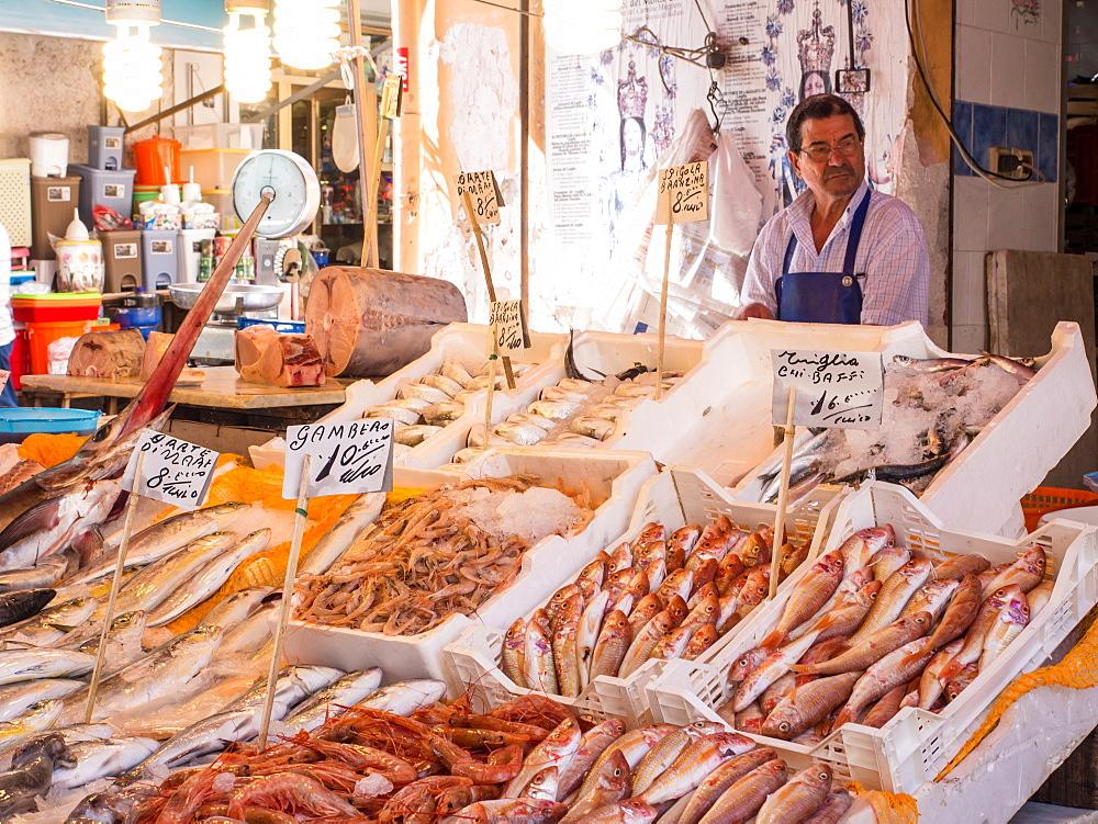 Fish vendor, Ballaro Market, Palermo, Sicily, Italy, Europe