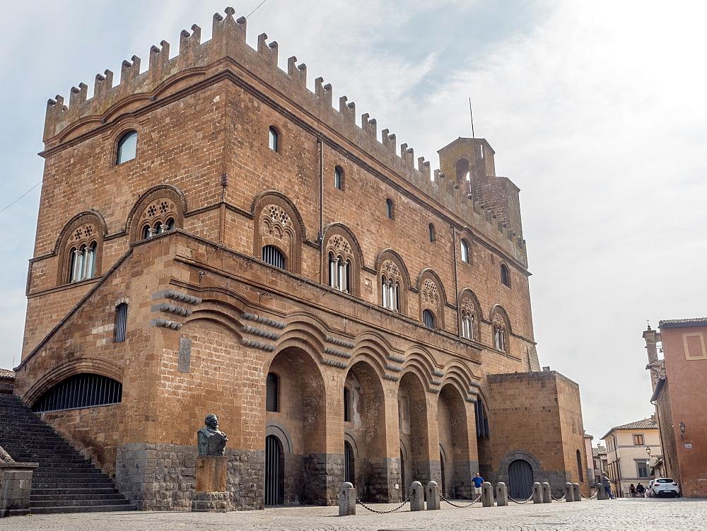 The 12th century Palazzo del Popolo, Orvieto, Tuscany, Italy, Europe