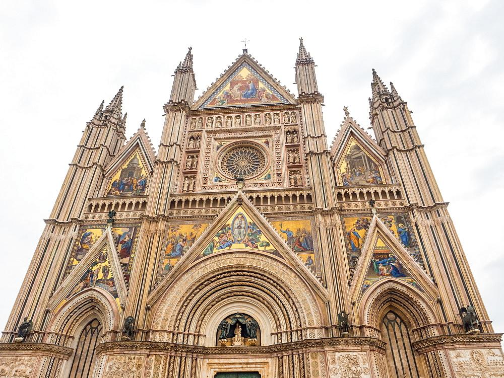 Orvieto Cathedral (Duomo) facade, Orvieto, Tuscany, Italy, Europe - 1242-245