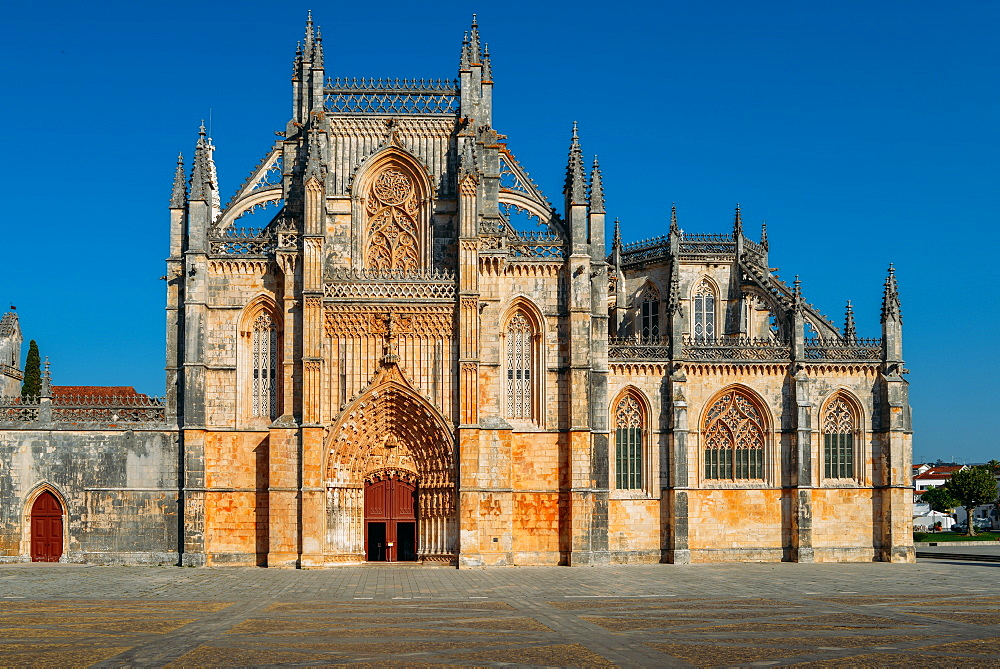 Mosteiro da Santa Maria da Vitoria (Monastery of St. Mary of the Victory), UNESCO World Heritage Site, Batalha, Leiria, Portugal, Europe - 1243-339